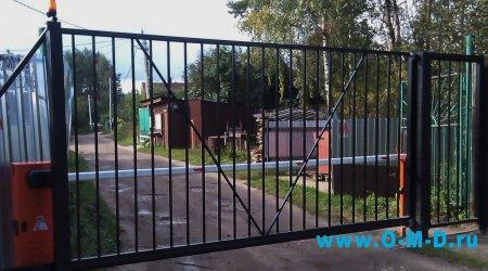 На страже вашего дома: выбираем рольставни, ворота, шлагбаумы