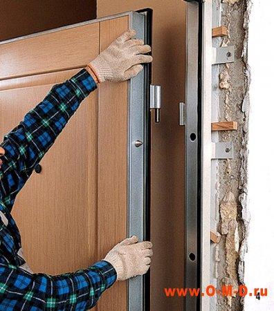 Как устанавливают металлические двери
