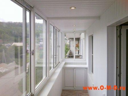 Установка пластиковых окон, остекление и отделка балконов