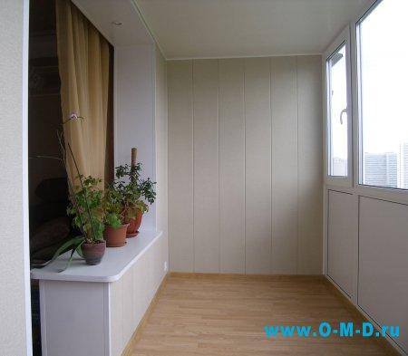 Отделка балкона ПВХ-панелями