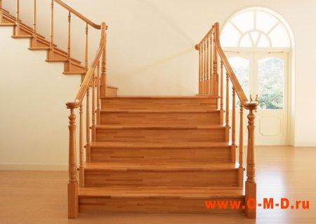 Какие могут быть деревянные лестницы в доме?
